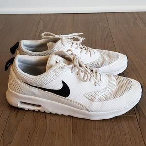 fd7d13b91f868c Nike. Nike Air Running Shoes Women Size 10